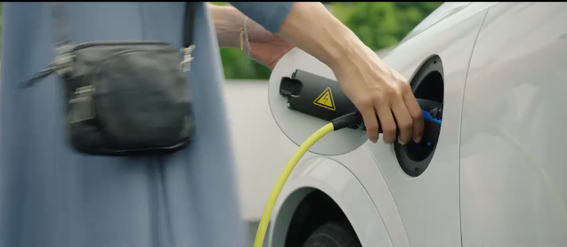 It's Electrifying: Volvo Cars Go Electric